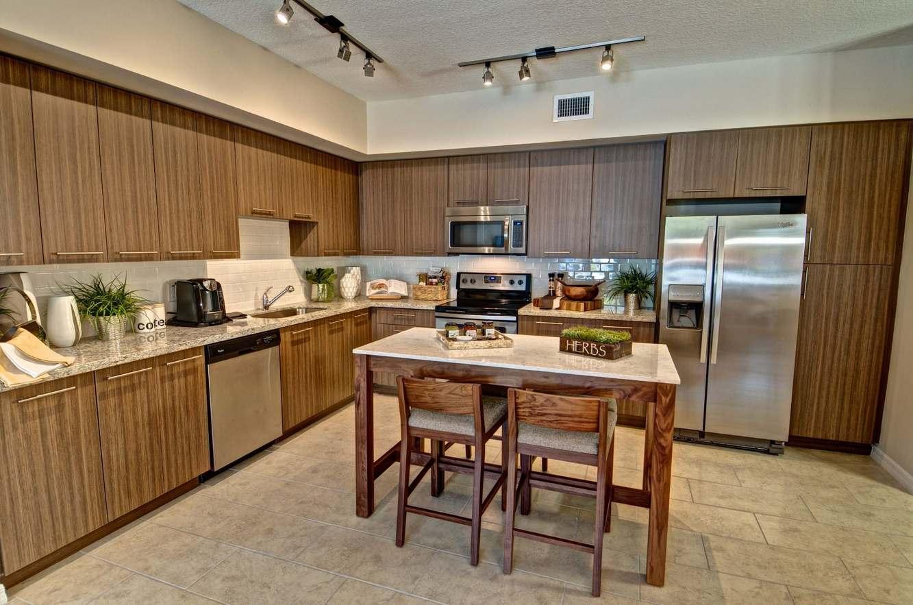 Toscana Luxury Apartments Margate