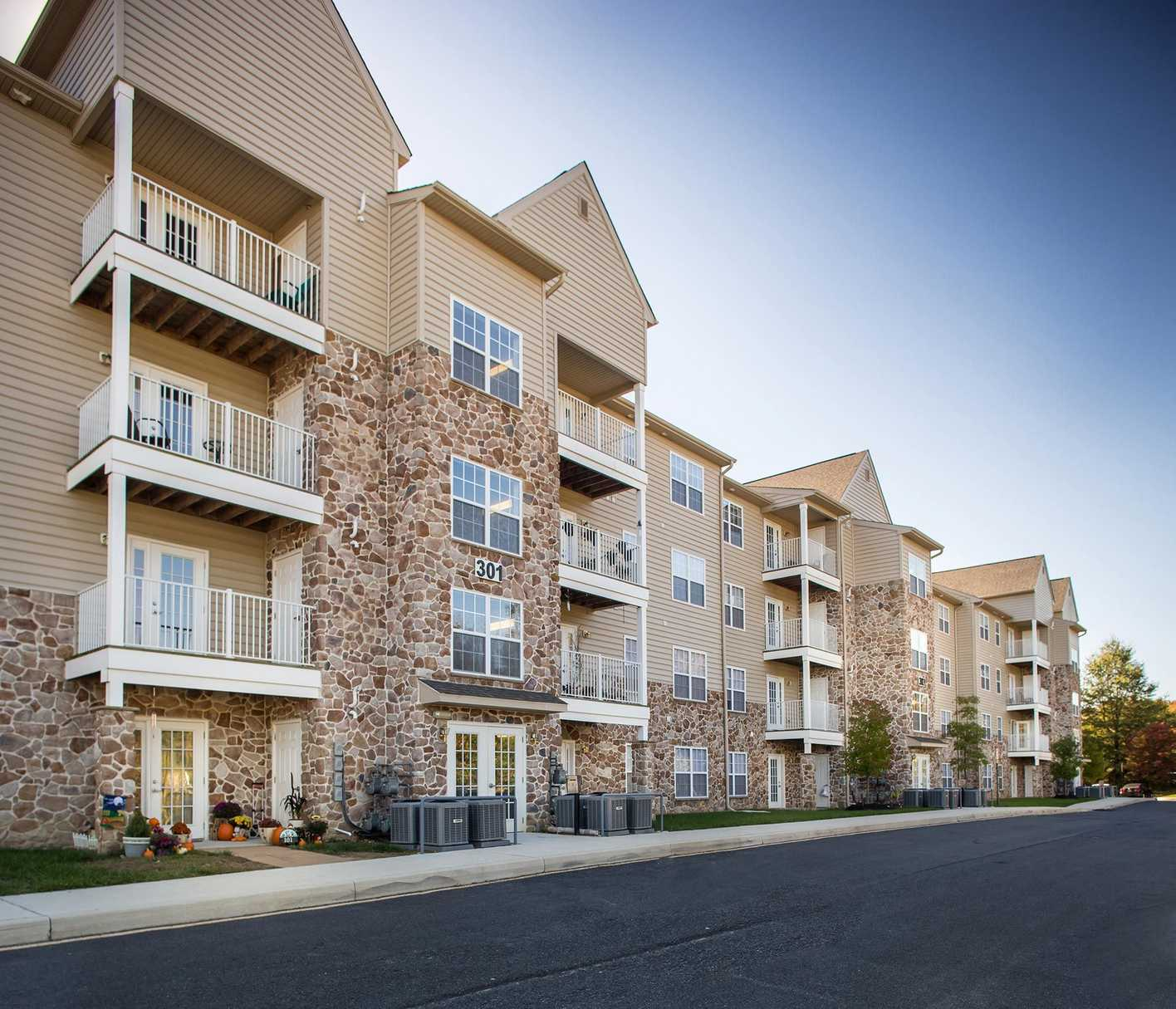 Dover Delaware Apartments: The Grande Senior Apartments In Dover DE
