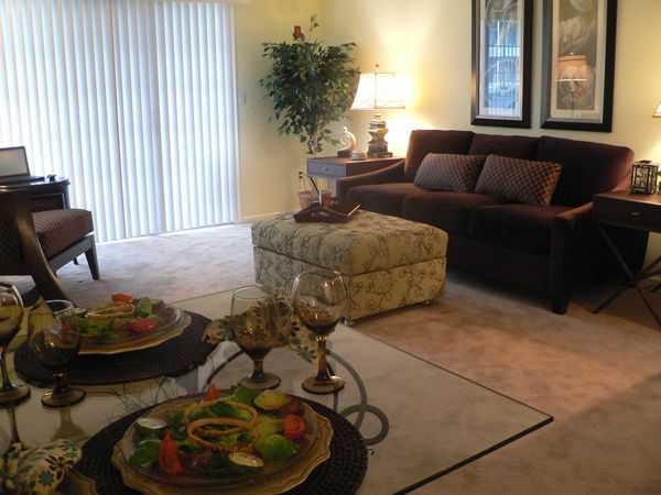Woodmill Apartments | Apartments For Rent in Dover DE