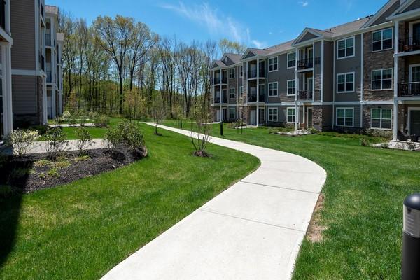 Apartment walking paths
