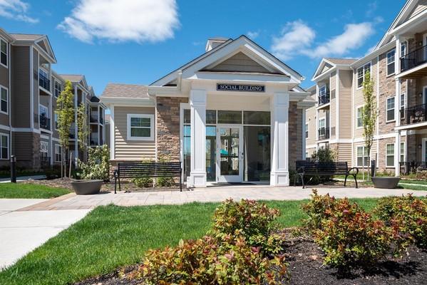 Woodmont Parc social building