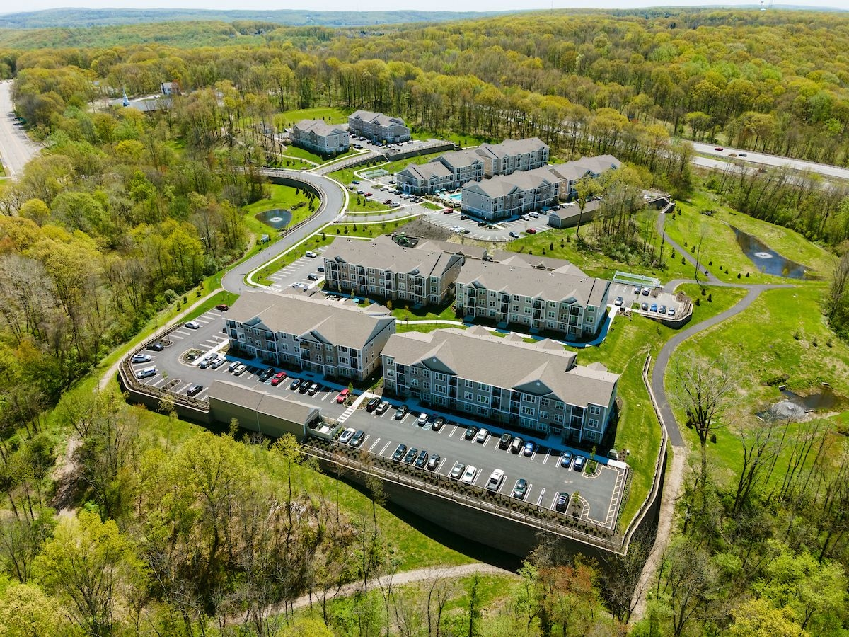 Aerial view of Woodmont Parc apartments