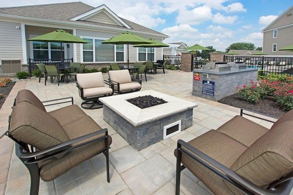 Outdoor fire pit and seating